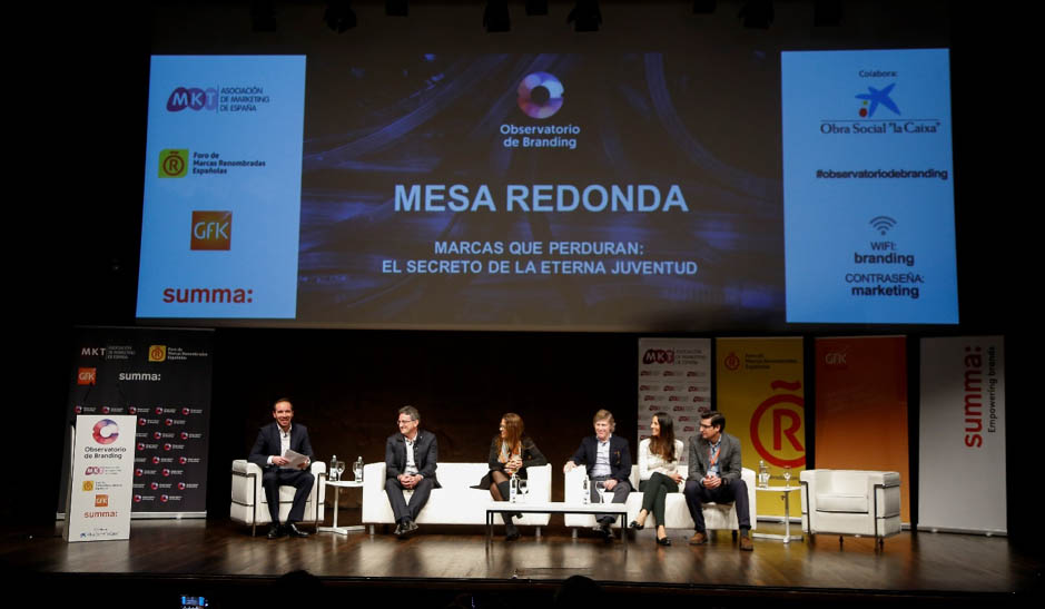 De izquierda a derecha: Pablo López, Gabriele Palma, Sonia Aparicio, Conrad Llorens, María Luisa de la Peña y Javier Gómez Mora.